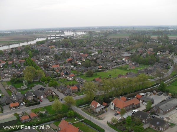 Luchtballon van Den_Bosch naar Dreumel