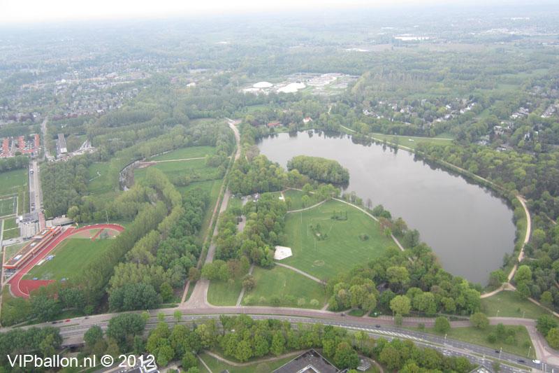 Luchtballonvaart vanaf Karpendonks plas Eindhoven