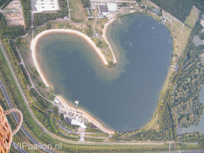 Priveballonvaart vanuit Eindhoven naar Lennisheuvel