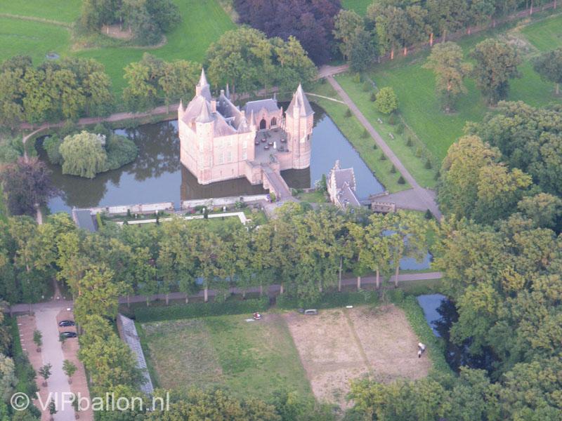 Ballonvaart over Kasteel Heeswijk