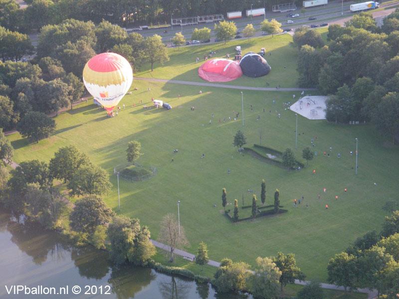 ballonvaart van Eindhoven via Helmond naar Bakel