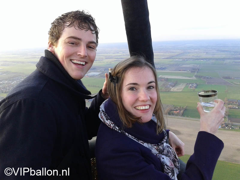 Huwelijksaanzoek tijdens ballonvaart van Gemert naar Oploo