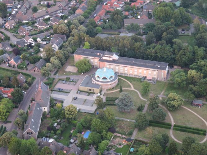 Luchtfoto Mariëngaarde Aarle-Rixtel
